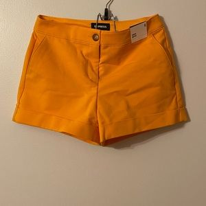 NEW W/ TAG Express Shorts Size 6